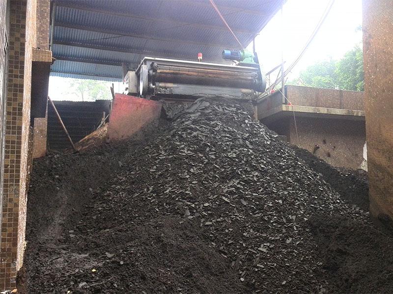 印染污泥压滤效果